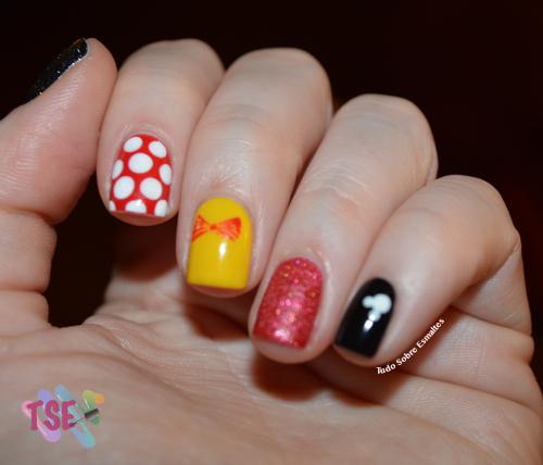 Férias Minnie Nails