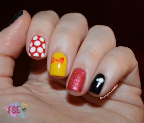 Férias Minnie Nails
